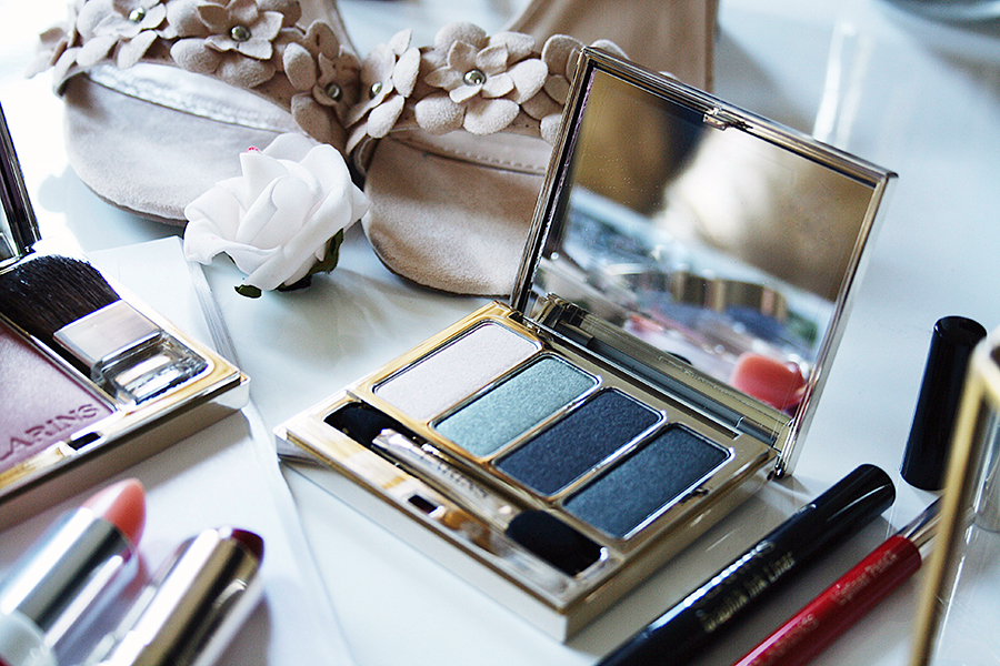 clarins graphik fall makeup collection with all my affection. Black Bedroom Furniture Sets. Home Design Ideas